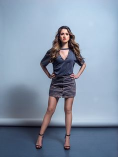 The hottest images and pictures of Laura Marano are truly epic. While we are talking about Laura Marano beauty, skills, and professional life, we want to Vanessa Marano, Laura Marano, Disney Actresses, Female Stars, Great Legs, Hot Brunette, Beautiful Legs, Gorgeous Hair, Gorgeous Women