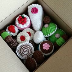 virrkpannan.blogg.se - Figurer/leksaker Mini Cafe, Crochet Toys, Crochet Patterns, Blogg, Knitting, Tutorials, Inspiration, Cookies, Amigurumi