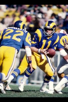 ST LOUIS RAMS- man i miss the old days