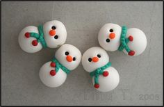 Snowmen by Tina T.'s Polymer Clay, via Flickr                                                                                                                                                                                 More