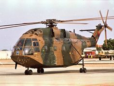 Privately run, unofficial website on the South African Air Force. All suggestions are welcome - Dean Wingrin Military Couples, Military Love, South African Air Force, Army Day, Tactical Survival, Modern Warfare, Air Show, Military Weapons, Military Aircraft