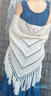You will love the original combination of simple crochet stitches and delicate lacy look of this shawl. gives a UP in the visual Bonnet Crochet, Crochet Diy, Crochet Woman, Crochet Hooks, Filet Crochet, Crochet Prayer Shawls, Crochet Shawls And Wraps, Crochet Scarves, Crochet Clothes