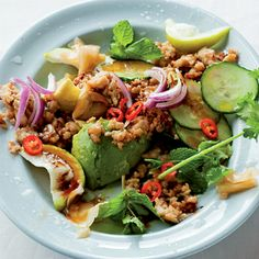 A super simple salad of minced chicken, ginger, garlic, avo and coriander tied together with a simple lemon juice-and-soya sauce Mince Recipes, Cooking Recipes, Healthy Recipes, Healthy Meals, Cooking Games, Healthy Food, Gourmet Chicken, Asian Chicken Salads, Cranberry Chicken