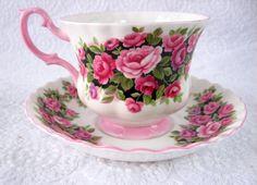 Rosa Tea Cup And Saucer Royal Albert English by AntiquesAndTeacups Tea Cup Set, My Cup Of Tea, Cup And Saucer Set, Tea Cup Saucer, Teapots And Cups, Teacups, Kitchen Ornaments, China Tea Cups, Tea Service