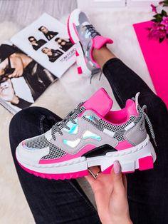 Dámske zelené viacfarebné tenisky LA67PZE - MODANOEMI.sk Air Max Sneakers, Sneakers Nike, Huaraches, Nike Huarache, Nike Air Max, Sport, Outfit, Fashion, Nike Tennis Shoes