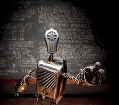 http://www.world-of-design.info/wp-content/uploads/2011/11/robot-the-sketing-lesson.jpg