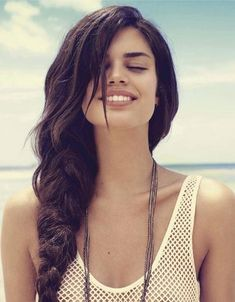 Thick haired side braid. Looks great.