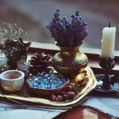 Altar inspiration - Another! Pagan Altar, Wiccan Decor, Yennefer Of Vengerberg, Witch Aesthetic, Krystal, Witchcraft, Boho, Inspiration, Aesthetics