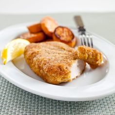 Say goodbye to soggy, loose coating with the 3 tried-and-true tips we put to work in our Crispy Pan-Fried Pork Chops.