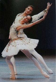 Ballet Pair