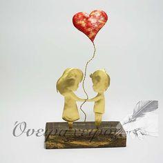 www.oneiraxeiros.gr Δώρο επετείου, Ζευγάρι Κοριτσάκι-Αγοράκι με Μπαλόνι Καρδιά