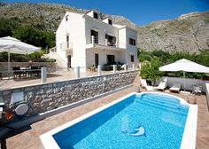 Dubrovnik Holiday Houses for tourist accommodation to cover your next holiday planning.