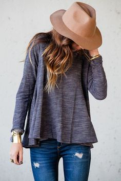 Boyfriend long sleeve top, jeans, hat and hair. Love!