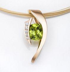 gold necklace - peridot pendant - 14k gold - August birthstone - diamond jewelry - statement necklace - modern jewelry - 3374
