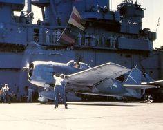 Asisbiz article about Grumman 3 Hellcat VF 5 White 22 aboard CV 10 USS Yorktown 01 Grumman Aircraft, Ww2 Aircraft, Aircraft Carrier, Military Aircraft, Grumman F6f Hellcat, Photo Avion, Uss Yorktown, Us Navy Aircraft, Naval History