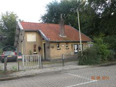 spoorweghuisje 74 Arnhemseweg 364 Bridges, Netherlands, Holland, Dutch, Centre, Medieval, Cabin, Park, Street