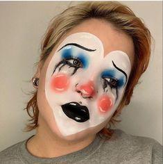 Creepy Clown Makeup, Halloween Makeup Clown, Maquillaje Halloween, Halloween 2020, Halloween Makeuo, Cute Clown Costume, Creepy Costumes, Scary Clowns, Punk Makeup