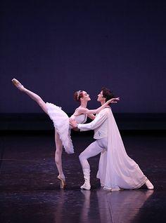 Ulyana Lopatkina and Danila Korsuntsev in Raymonda during the 14th World Ballet…