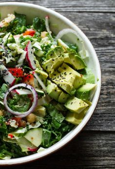 Chopped Kale Salad and Creamy Almond Ginger Dressing 28 Vegetarian Salads That Will Fill You Up Raw Food Recipes, Salad Recipes, Vegetarian Recipes, Cooking Recipes, Healthy Recipes, Dinner Recipes, Vegetarian Salad, Vegetarian Breakfast, Easy Recipes