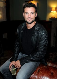 Tom Welling Parties for Michael Sugar at Toronto Film Festival!: Photo Tom Welling is leather jacket cool at the Grey Goose vodka party for Michael Sugar held at the Soho House Toronto on Thursday evening (September in Toronto, Canada. Clark Kent, Gorgeous Men, Beautiful People, Tom Welling Smallville, Comics Anime, Toronto Film Festival, My Superman, Batman, Grey Goose