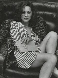 "Blog Le Style NAF NAF. Artículo ""Vida y Vestir: Mujeres Realistas"" http://blog.nafnaf.com.co/archive"