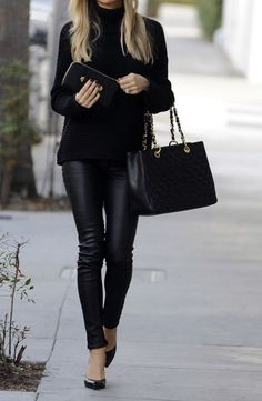 Fall style | Black turtle neck, leather pants, heels and a purse