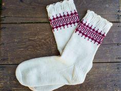 Sticka sockor på strumpstickor gratis beskrivning