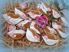 #perníky #zdobenéperníky #gingerbread Gingerbread, Sugar, Cookies, Desserts, Pictures, Crack Crackers, Tailgate Desserts, Deserts, Ginger Beard