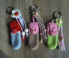 Bizzy Bee Klaske - Klaske v.d Bij - Picasa Web Albums Crochet Home, Cute Crochet, Crochet For Kids, Crochet Crafts, Crochet Projects, Knit Crochet, Crochet Designs, Crochet Patterns, Crochet Keychain