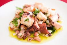 "salada de Polvo ""Octopus Salad"" - This is a light salad very much appreciated in Portuguese cuisine. The octopus, the main ingredient, is cooked and diced. It is served in small dishes and accompanied by onion, garlic, coriander and olive oil. Seafood Dishes, Fish And Seafood, Seafood Recipes, Cooking Recipes, Healthy Recipes, Octopus Salad, Octopus Recipes, Portuguese Recipes, Portuguese Food"