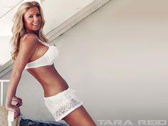 Tara Reid bikini picture