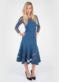 Colore: blu artico Abito sotto il ginocchio in tessuto jersey stretch e tulle…