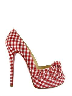 gorgeous gingham...wish I wouldn't be afraid of falling off of these