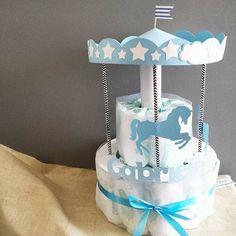 ^^  Un giorno con Tablò - torta di pannolini, diaper cake, diapers, pannolini, baby, giostra, carousel, baby shower, battesimo, nascita | https://lomejordelaweb.es/