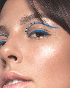 Gem Makeup, Jewel Makeup, Eye Makeup Art, Crazy Makeup, Beauty Makeup, Weird Makeup, Eyeshadow Makeup, Cute Makeup Looks, Creative Makeup Looks