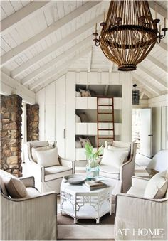 My Sister Alerted Me To Designer Amy Bergmans Atlanta Home In The New Issue Of Traditional Images Are Serene And Stunning Above