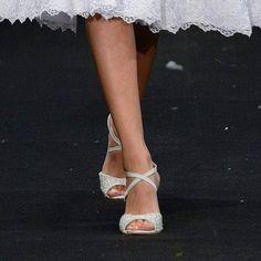Sometimes simple is more. Ballet Dance, Dance Shoes, Bridal Sandals, Slippers, Elegant, Simple, Fashion, Dancing Shoes, Classy