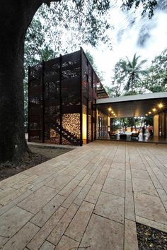 Gallery of The Portal House / Reasoning Instincts Architecture Studio - 27