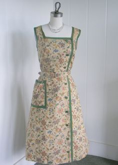 1940's Vintage Beige Floral Printed Button Down by vintagebluemoon, $185.00