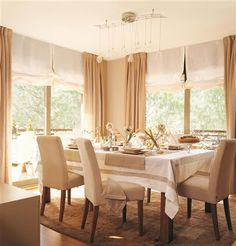 Even does not seem, Curtains are very important in home decoration. Yes, it is true that one of its main functions is to protect privacy, preventing o. Living Room Modern, Home And Living, Dining Room Curtains, Dinner Room, Custom Curtains, Curtain Designs, Living Room Inspiration, Ideal Home, Home Furniture