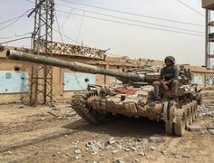 Army Vehicles, Armored Vehicles, T 72, Syrian Civil War, Warsaw Pact, New Tank, Military Equipment, Modern Warfare, Around The Worlds