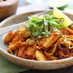 Mee goreng, Indian-Malaysian style, common street food in Malaysia.
