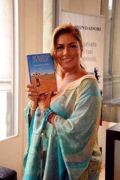 Romina Powers debuting her new book.