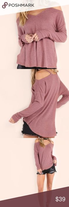 Mauve Cold Shoulder Sweater Cold shoulder mauve sweater is the perfect color to jump into spring! Can be styled a lot of ways, it's perfect for layering, can be paired with jeans or leggings and with a choker and your outfit is on point! Material is polyester, it is very stretchy and comfortable. It measures 23 cm in length and 18 cm in sleeve length! This item is currently in transit from manufacturer! Tops Tees - Long Sleeve