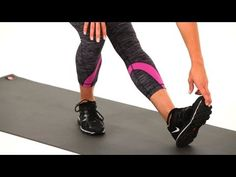19 Lower-Body Stretches for When Your Legs and Butt Are Sore As Hell – Hamstring and Calf Stretch Best Hamstring Stretches, Lower Body Stretches, Stretches For Runners, Good Stretches, Stretching, Tight Quads, Tight Hamstrings, Tight Hips, Lower Back Muscles