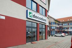 Otvorili sme nové kuchynské štúdio v Podunajských Biskupiciach. Multi Story Building