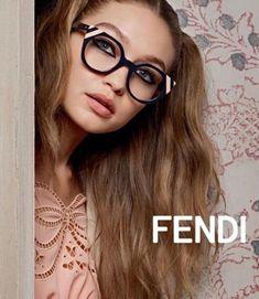 c4f4b7a56 Gigi Hadid for Fendi SS17. Olhos, Esportes Ilustrados, Campanhas  Publicitárias, Campanha Publicitária