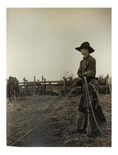 Kurt Markus takes us on his journey of discovery that lives at once in myth and in reality. An enduring and timeless view into ranch life in Arizona, Texas, New Mexico, and Colorado. www.http://vivavaquero.com/kurt-markus/kurt-markus-cowpunchers.html