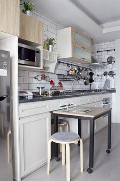 nyc mayor bloomberg announces winner of micro unit contest mayor bloomberg compact kitchen and pantry - Galley Apartment 2015