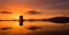 https://flic.kr/p/Rkj1fb | Golden finale | Following on from the last image again at Castle Stalker at sunset, this one was a while after the last image with the sunset in full swing the sun just about to drop behind the horizon at the side of the now almost sillhouetted castle, after te day of weather that had proceeded this there was no way in the world that I expected to get any colour from the sunset let alone this performance which seemingly appeared out of nothing, the thick all day…